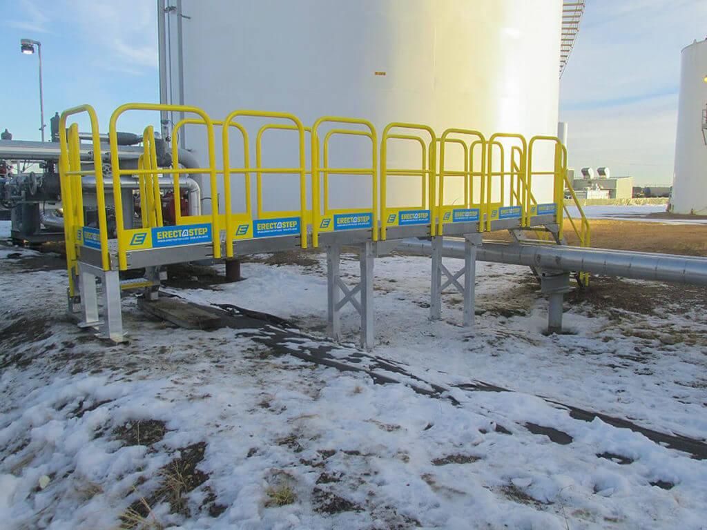 Industrial stair multiple universal platform pipe crossover